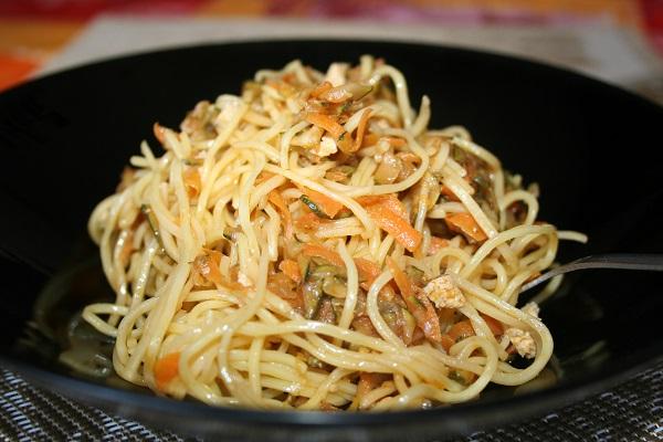 Noodle-con-tofu-e-verdure